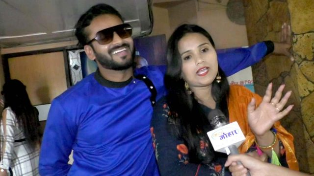 Manu Qureshi's wife for the first time in TV